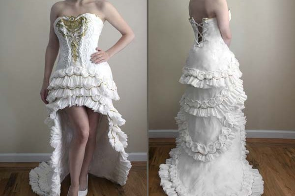 嘘でしょ?たった10ドルで見事なウィディングドレスを作れたのはなぜ?