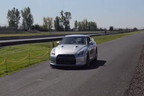 日産GT-Rがゼロヨン世界最速の7.81秒を記録した動画