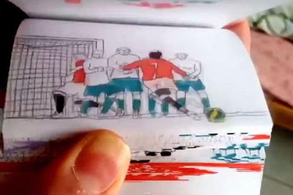 このクオリティはすごい!クリスティアーノ・ロナウドのパラパラ漫画