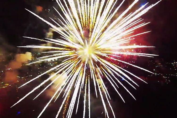 【動画】これまで見たことがない花火の内部から撮影された4分間の映像