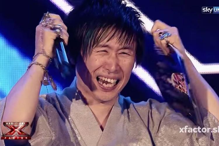 イタリアのオーディション番組で日本人男性がスター候補に!観客は拍手喝采(動画あり)