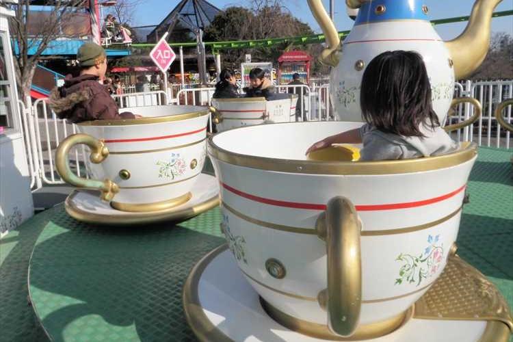 """【動画あり】遊園地でみた""""コーヒーカップ""""が高校の文化祭で!?お客を楽しませるアイディアが素敵"""