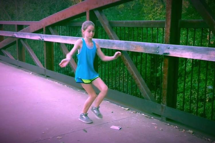 11歳の少女アディリンちゃん。彼女が独学でマスターしたダンスのクオリティがヤバい!