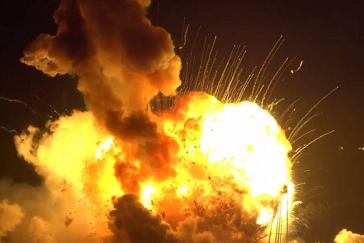 ISS物資補給用無人ロケットが打ち上げ失敗の瞬間映像、奇跡的にけが人なし