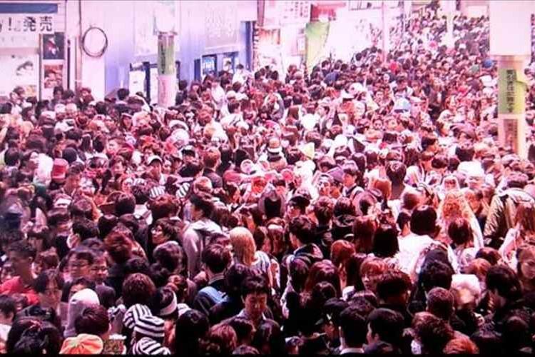 【ハロウィーン】今夜の渋谷はヤバい!コスプレイヤーでにぎわい過ぎ!