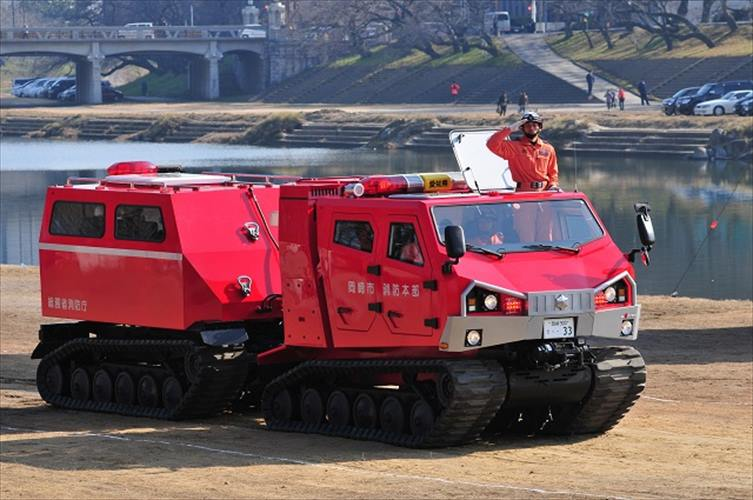 """【今日は何の日?】11月9日は""""119番の日""""日本で唯一の全地形対応車両レッドサラマンダーを見よ"""