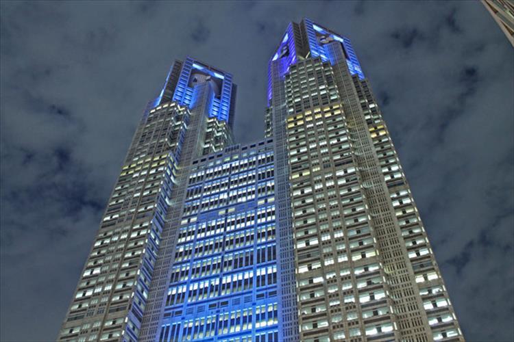 """【今日は何の日?】11月14日は""""世界糖尿病デー""""今夜、都庁、鎌倉の大仏、大阪城など全国各地でブルーライトが見られます"""