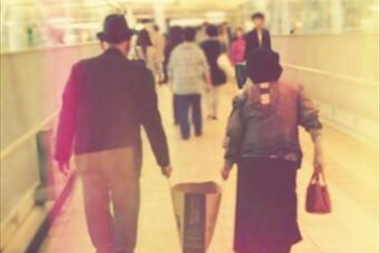 いつまでもずっと仲良し。絆を感じるおじいちゃん、おばあちゃんの写真15選