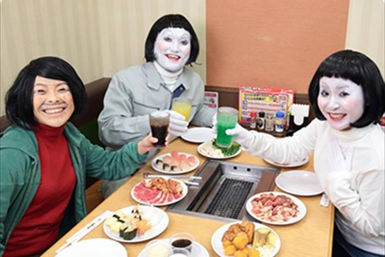 「ダメよ~ダメダメ!」日本エレキテル連合とすたみな太郎がコラボ!食べ放題無料になる条件が厳しすぎる