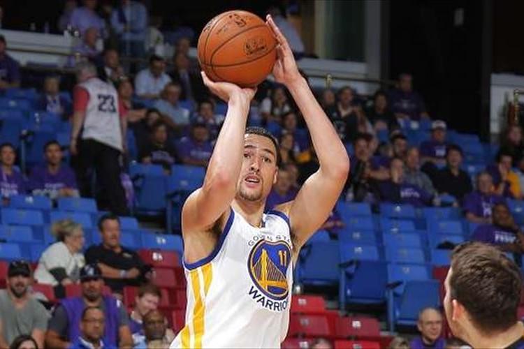 【NBA新記録】3Qの10分だけで37得点!クレイ・トンプソンが完全にゾーンに入っている