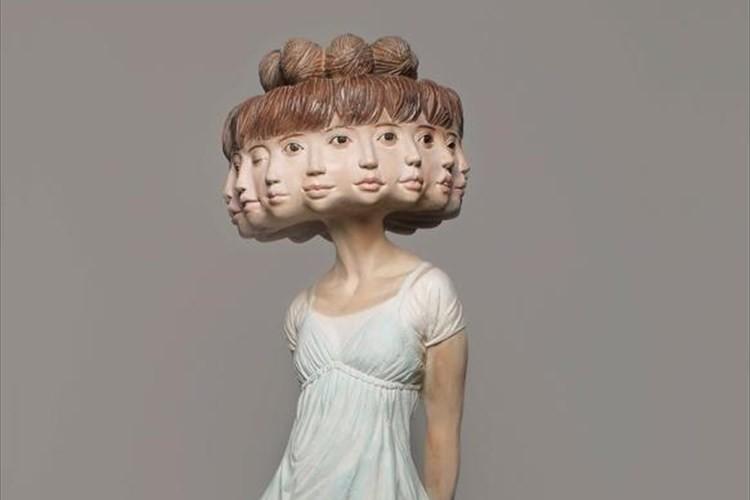 普通の女の子に12の顔。多面フェイス彫刻家の世界観が海外でも話題に!