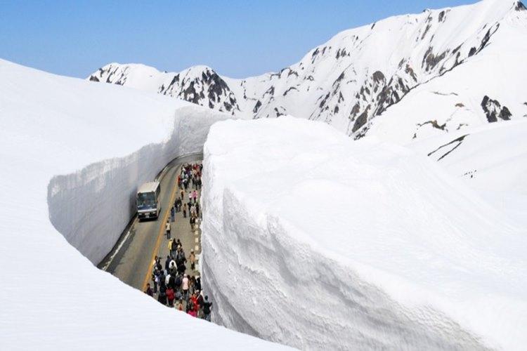 【世界で最も雪の積もる都市ベスト10】上位を独占したのは日本のあの都市だった