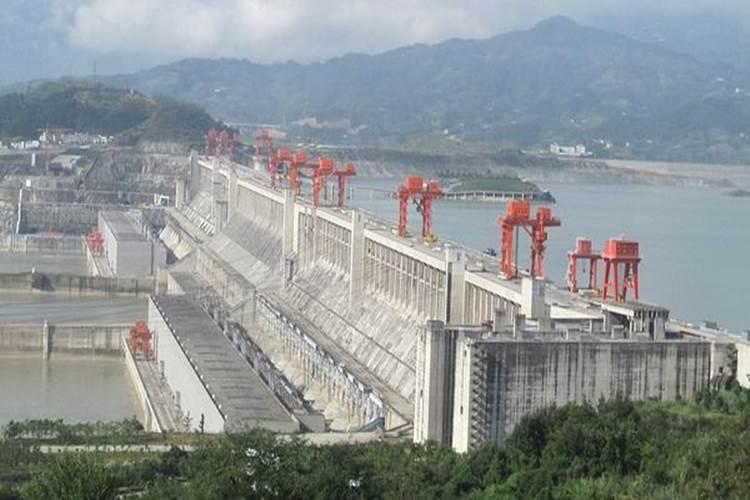 【驚愕の事実】中国で3年間のコンクリート使用量が20世紀にアメリカで使われた量より多い