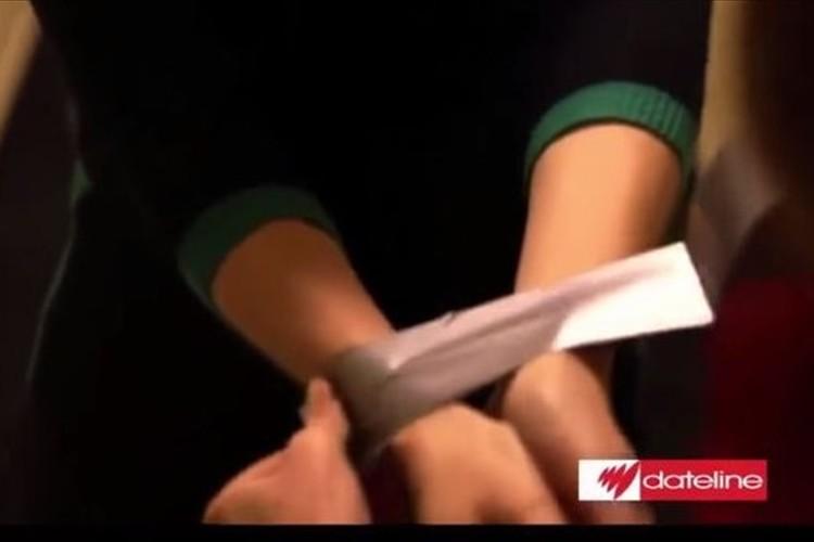 元CIAエージェントから聞いたテープで両手を縛られたときに抜け出す方法