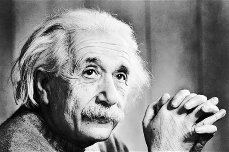 天才アインシュタインが残した最後の言葉にやりきれない気持ちになる