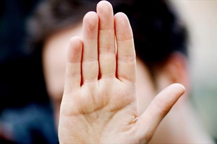 【すぐ分かる性格診断】人差し指と薬指どっちが長い?