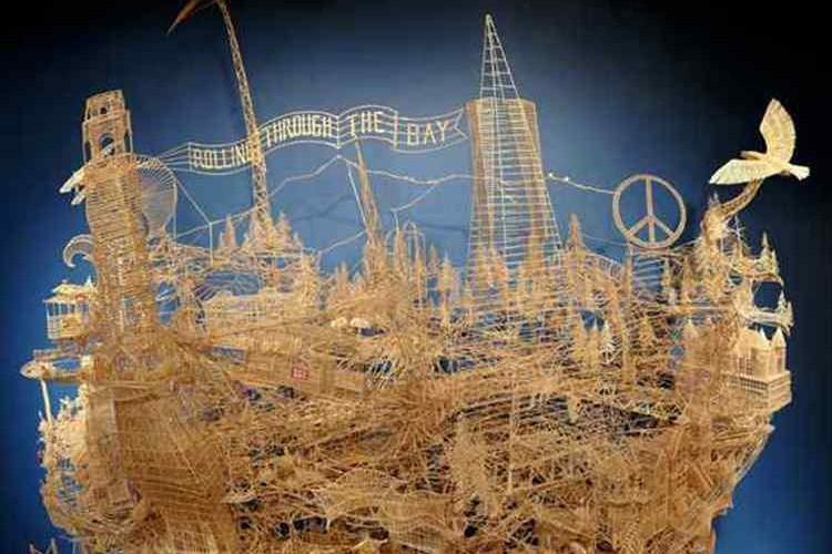 【製作35年間】これが人生をかけて作った10万本の爪楊枝の超大作アートだ!
