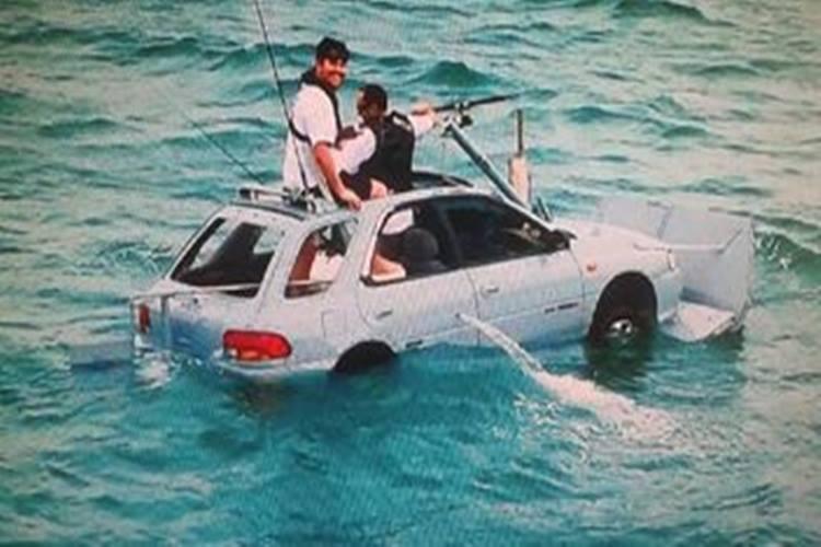 これはスゴい!スバルのインプレッサが水陸両用車に!