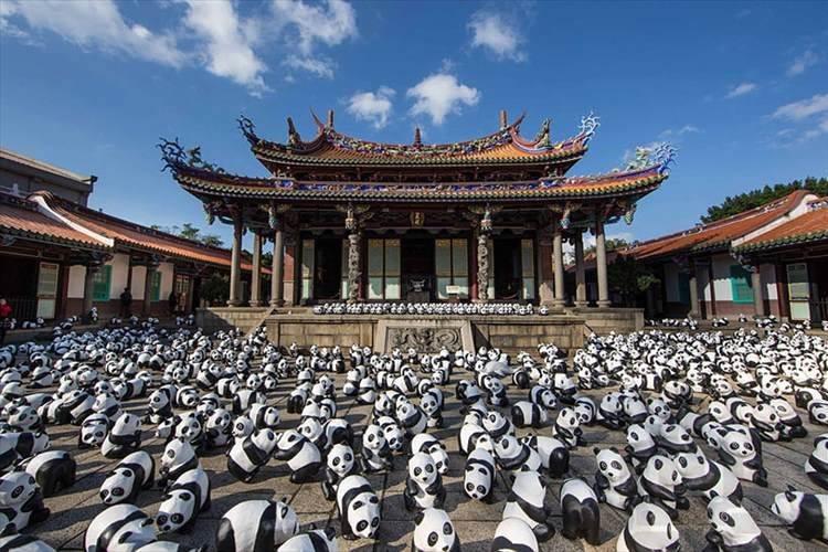 """これは一体!?""""1600頭のパンダ""""が世界各国を巡回中!?"""