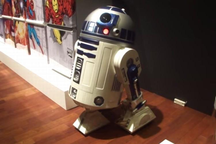 社長「決して悪ふざけではない」R2-D2型冷蔵庫が2016年に発売!?
