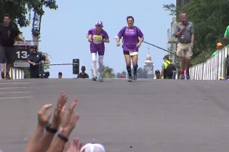 【世界記録樹立】92歳のおばあちゃんがフルマラソンを完走!脅威の記録は?