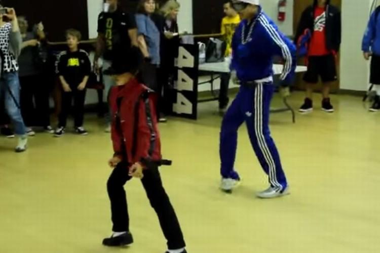 マイケルを完コピする小学生ダンサーがスゴすぎる!