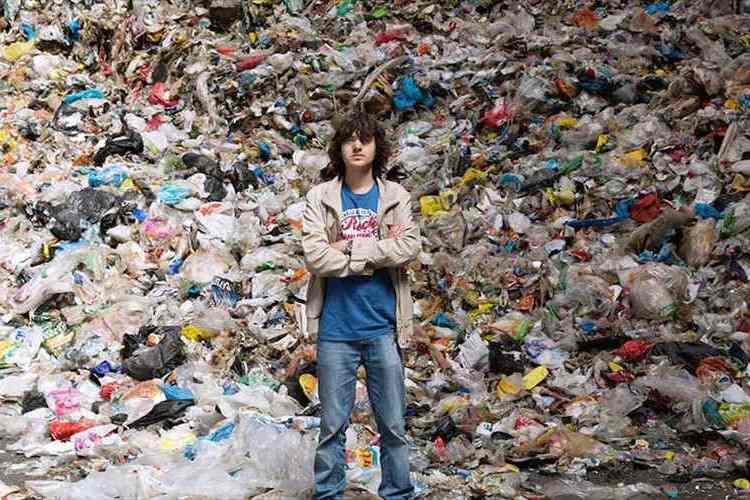 「世界中の海のゴミを無くしたい」20歳青年の描く夢が世界を動かした!
