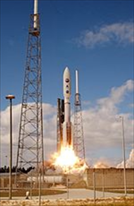 150px-New_Horizons_launch_R