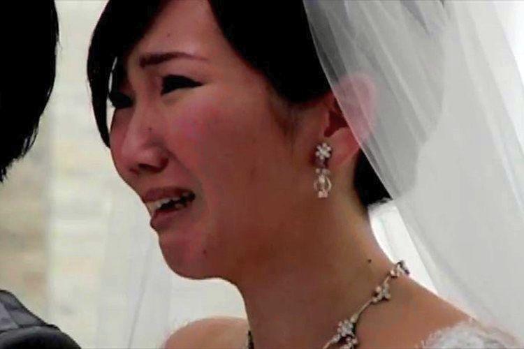 """結婚式に届いた""""天国の母からのサプライズメッセージ"""""""