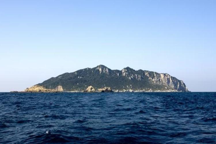 もうすぐ世界遺産に!?神宿る島「宗像・沖ノ島と関連遺産群」ってどんなところ?