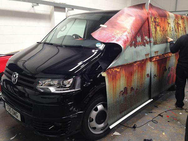 rusty-car-vinyl-wrap-vw-van-clyde-wraps-11r