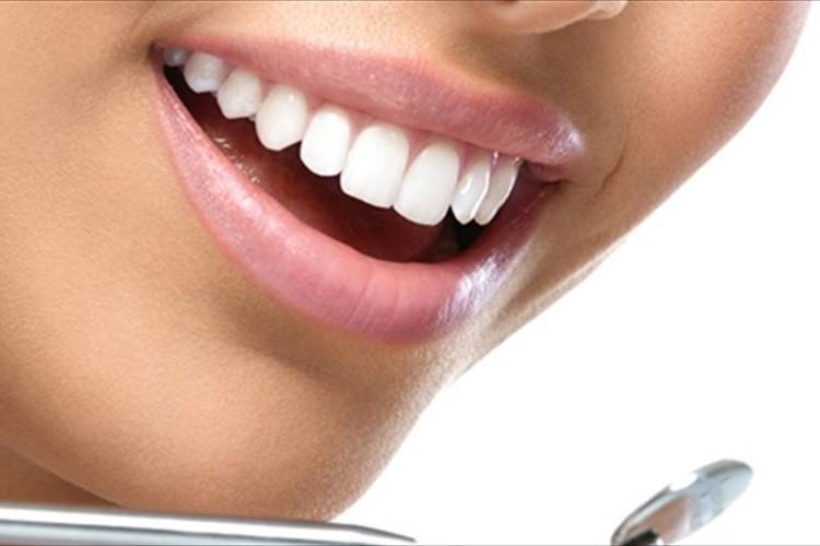 【ホワイトニング】自宅で美しい白い歯を手に入れる3つの方法