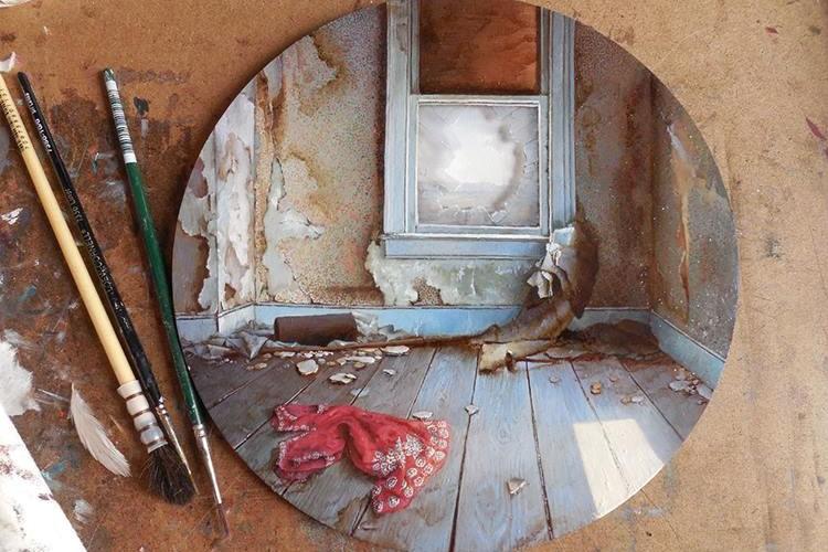 たった直径5センチの絵画。この中から広がる美しき世界