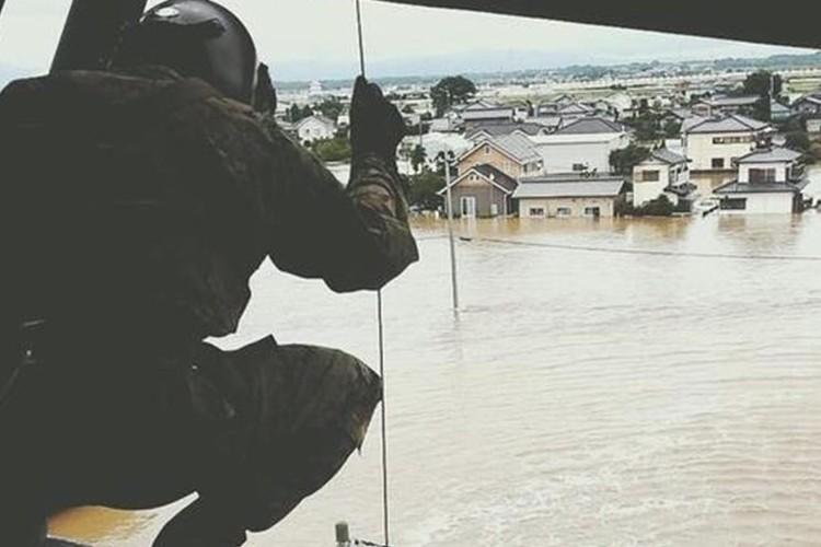 「最後は自衛隊だけが頼みの綱」大雨に伴う孤立者救助など救援活動の様子