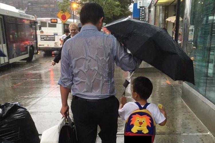 """""""父ちゃんかっこいい""""と1枚の画像が話題!あなたが父親を尊敬した瞬間とは?"""