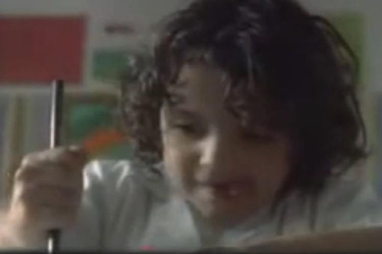 「TE AMO(愛してる)」母親に向けた少年のメッセージの伝え方に思いやりが溢れる