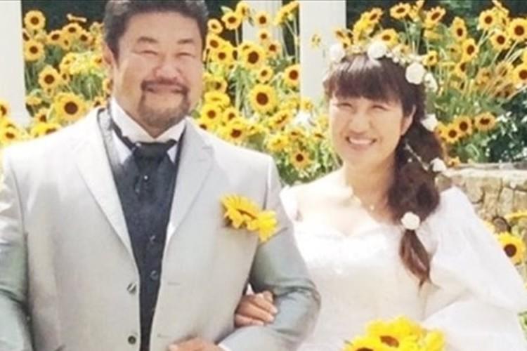 """北斗晶さん「20年ぶりのウェディングドレス」姿を公開""""新しいスタート誓う"""""""