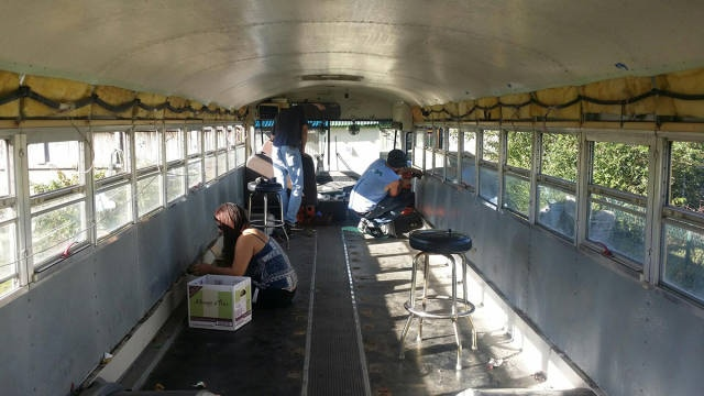 this_unused_school_bus_is_transformed_into_a_totally_awesome_motorhome_640_17_R