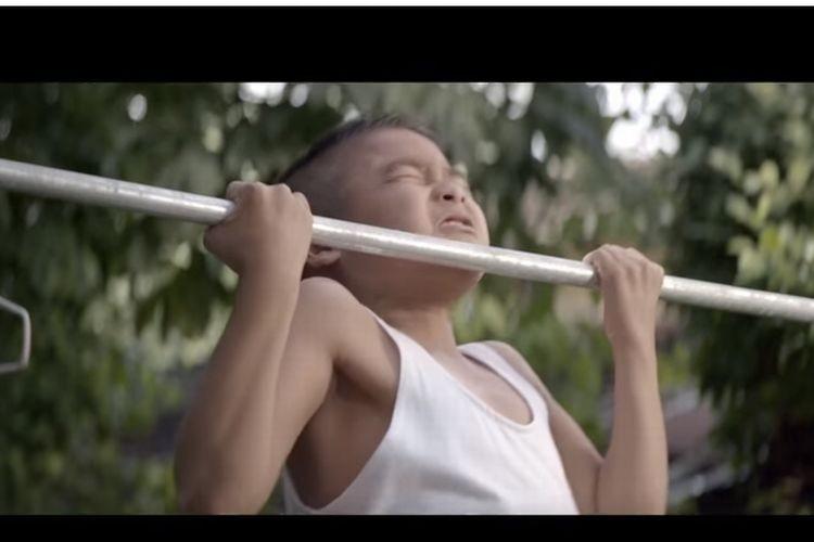 【感動CM】「体重45キロにならなければ...」少年が努力し続ける理由とは?