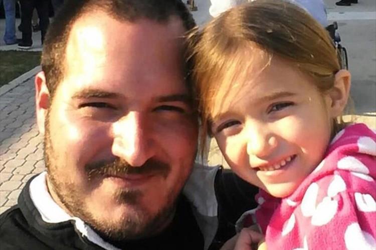 シングルファーザーが娘のため独学でヘアアレンジを習得…今は人気ヘアスタイリストに