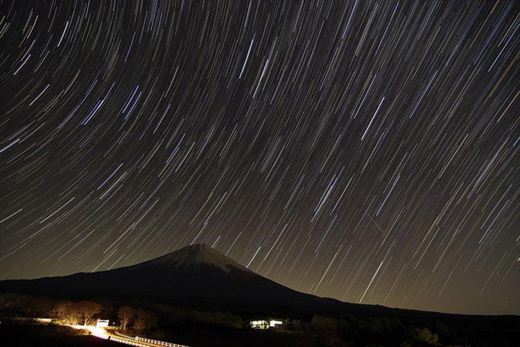 一晩に見られる流星数は年間最多!「ふたご座流星群」…観測条件もここ数年で最高!