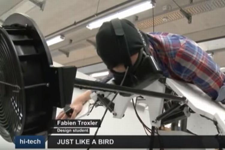 鳥人間になって大空を飛び回るフライトシミュレーターがスゴい!