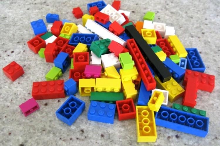 子どもに算数を教えるならLEGOが超便利!大人からも分かりやすいと評判に