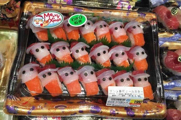 似てる?似てない?サンタをモチーフにした「サンタ寿司」がちょっとカワイイと話題に!