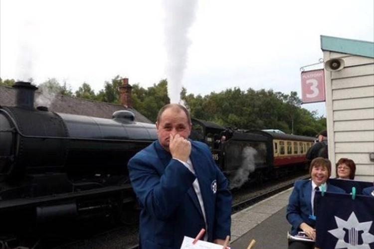 頭から煙が!一瞬、目を疑いたくなる不思議な写真20選