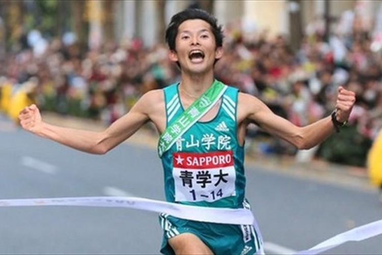 【箱根駅伝】強すぎる!一度も首位を譲らず…青学大、39年ぶり往復完全優勝!