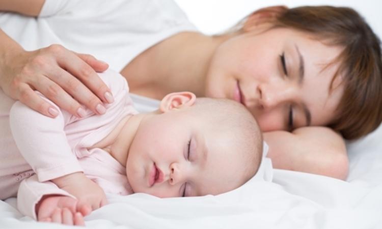 【天才】発想の転換がスゴい!どうしても寝ない子どもを寝かしつける方法