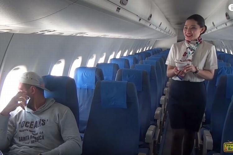 CAさんを独り占め!?飛行機に乗ったら客は自分だけだった貴重な体験