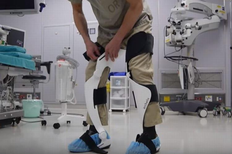 """世界初の""""歩ける椅子""""が日本で開発!医療現場からのニーズへ応える"""