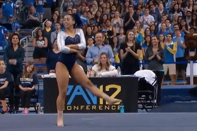 【動画】技が決まる度に踊りだす!?米・体操選手のパフォーマンスに会場が大盛況!